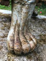 Pair of Fine Antique Edwardian Garden Cast Iron Lattice Urn Planters on 3 Lion Feet (7 of 12)