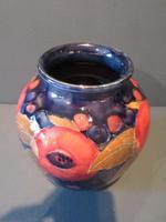 Moorcroft Seeded Pomegranate Shaped Vase (2 of 7)