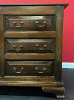 Beautiful 18th Century Georgian Period English Country Oak Mule Chest Sideboard Cabinet (10 of 19)