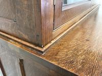 Late 19th Century Welsh Oak Two Stage Cupboard with Glazed Top (5 of 10)
