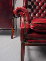 Pair of Red Leather Button Back Wing Chairs (9 of 11)