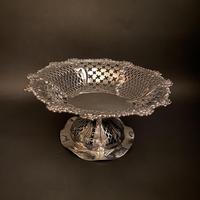 Large Silver Victorian Mappin & Webb Fretwork Pedestal Tazza