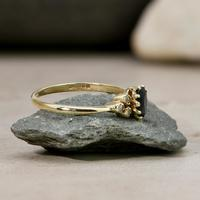 The Vintage Sapphire & Diamond 9ct Gold Ring (5 of 5)