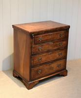 Small Proportioned Walnut Batchelors Chest (5 of 8)