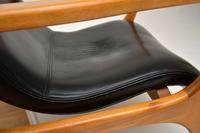 Pair of Vintage Leather Armchairs in the Manner of Vladimir Kagan (13 of 15)