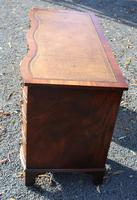 1960s Mahogany Serpentine Front Desk with Tan Leather Top (3 of 5)