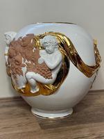 Beautiful Hollywood Regency Style Oversized Porcelain & Terracotta Cherub Floor Vase (33 of 52)
