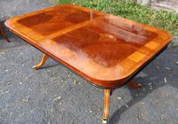 1960's Mahogany Pull Out Table with Set of 6 Dining Chairs.4+2 Carvers (11 of 14)