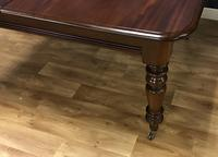 Good Quality Victorian Mahogany Dining table with additional Leaf (4 of 11)