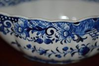 18th Century Derby Blue & White Chinoiserie Sauce Boat (9 of 12)