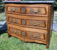 Small 18th Century Serpentine Fronted Commode (7 of 17)