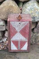 Scandinavian / Swedish 'Folk Art' painted & geometric chip-carved timplåda / sliding-lid box early 19th Century. (11 of 11)