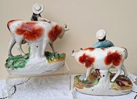 Pair of Antique English Victorian Staffordshire Pottery Figures - Milkman & Milkmaid with Cows - H 2314d / H 2314c (12 of 13)