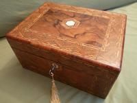Large Figured Walnut Inlaid Jewellery Box + Tray c.1875 (12 of 12)