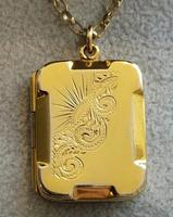 Art Deco 9ct Back & Front Gold Locket on Chain (5 of 10)