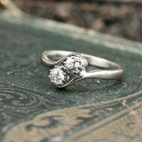 The Toi Et Moi Dial Old European Cut Vintage Diamond Ring (2 of 7)