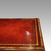 Walnut Pedestal Desk by Waring and Gillow (9 of 18)