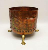 Large Victorian  studded copper  fireside log  bucket or planter on brass feet (3 of 6)