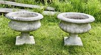 Mid 20th Century Pair of Weathered Cast Stone Garden Planters (2 of 5)