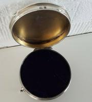 Solid Silver Hallmarked Hinged Vanity Trinket Ring Box (6 of 7)