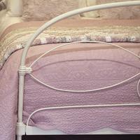 Cream Victorian Cast Iron Bedstead with Hoop Over Design (6 of 10)