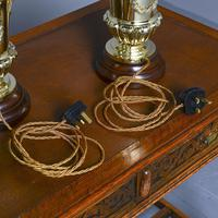 Victorian Pair of Urn Shape Cast Brass Lamps (10 of 10)