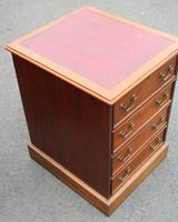 1960s Mahogany Filing Cabinet with Brown Leather on Top (3 of 4)