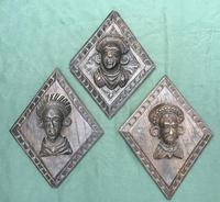 3 Antique Carved Oak Lozenge Shape Figure Heads (3 of 6)