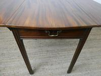 English 18th Century Shaped Top Side Table (8 of 10)