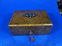 French 19th Century Burr Cedar Box. (3 of 14)