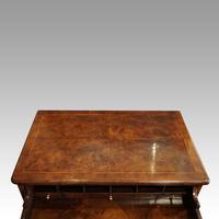 George III Walnut Kneehole Desk (7 of 12)