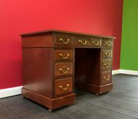 Small Antique Edwardian Leather Bound Mahogany Twin-Pedestal Writing Desk (6 of 16)