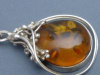Sterling Silver & Amber Pendant & Chain (2 of 6)
