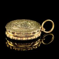 Antique Victorian Family Floral Locket 9ct Gold c.1900 (5 of 7)
