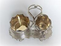 Attractive Arts & Crafts silver plated cream & sugar set (4 of 8)