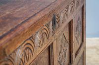 Mid 18th Century Oak Coffer (2 of 11)