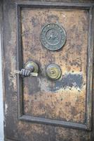 Antique Metal Safe (12 of 18)