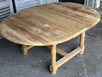 Round Farmhouse Dining Table with leaf (4 of 11)