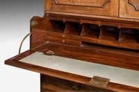 George III Period Mahogany  Clothes Press (3 of 8)
