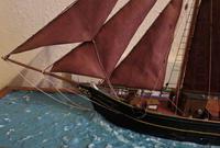 Cased Ships Model: 3-Masted Schooner (3 of 5)