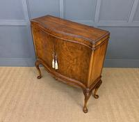 Serpentine Fronted Burr Walnut Cupboard (11 of 11)