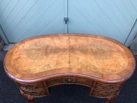 Antique Walnut & Burr Walnut Kidney Shaped Desk (9 of 13)