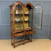 Burr Walnut Double Dome Topped Display Cabinet (15 of 18)