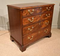 Excellent George III Mahogany Chest of Drawers (3 of 9)