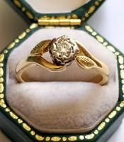 Mid 20th Century 18ct Gold Diamond Engagement Solitaire Ring Size O (8 of 11)