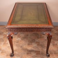 Superb Quality Mahogany Chippendale Design Writing Table (14 of 23)
