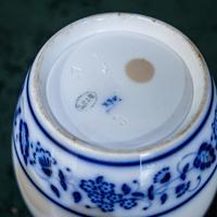 2 Flow Blue Jars (17 of 20)