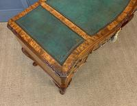 Good Queen Anne Style Burr Walnut Writing Desk (15 of 18)