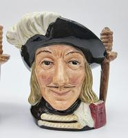 A Pair of Small Royal Doulton Musketeer Toby Jugs (4 of 9)