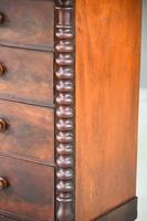 Victorian Mahogany Veneer Chest of Drawers (4 of 12)